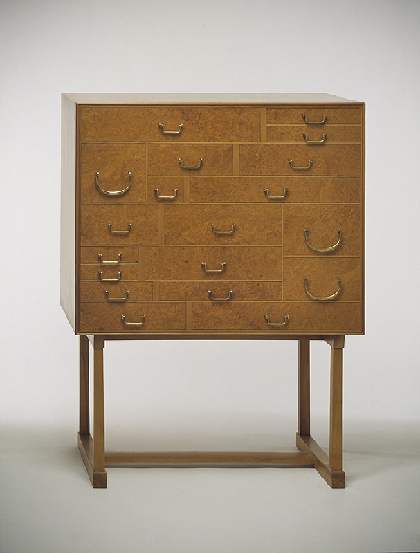 """Cupboard with 21 drawers"""
